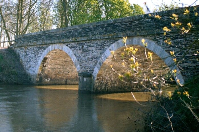 pont sur l'authion